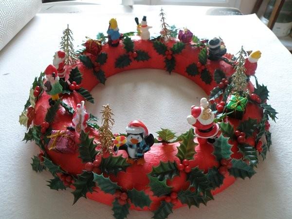 Decorations de noel for Couronne centre de table noel